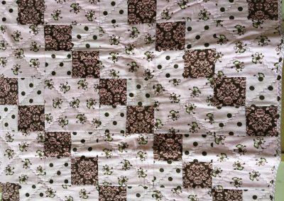 Sheryl Kucker – Brandon, SD, Monkey Business, Pieced & machine quilted, 39x41, pink & brown