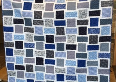 Diane, Holly, Linda & Pat – SF SD, Ice blue Snowflakes, Pieced & machine quilted, 72x80, blues