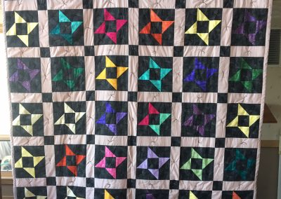 Lucille Magnus – Avoca MN, Heavenly Stars, Tied, 88x104, Pink & black amish