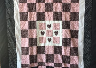 Our Saviors – Dovray MN, Hearts & Flowers, Pieced & tied, 70x85 Black, white & pink
