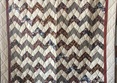 Jean Sagmoe – Slayton MN, Peiced & Tied, 66x80 Tan & Brown