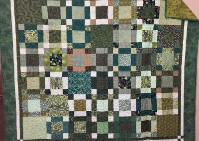 Trailing Leaves – 70x60 – Pieced & Machine Quilted – Greens – Made By Brandon Lutheran WELCA – Brandon, SD