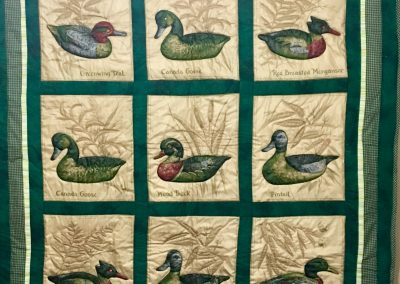 Duck & Goose – 44x52 – Machine Quilted & Pieced – Green/tan – Made by Berdena Buys – Slayton, MN
